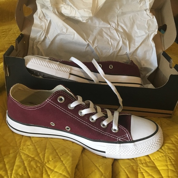 1e1430d38fd3 Converse Shoes - burgundy converse